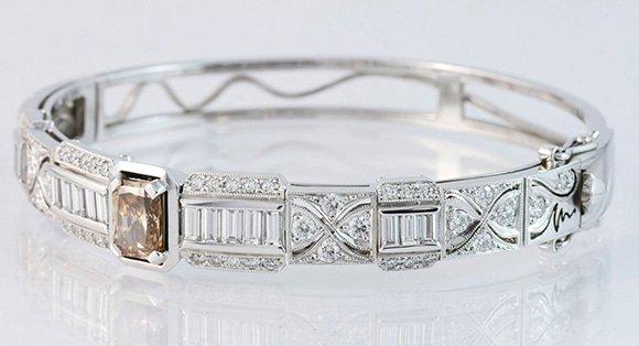 hand made bangle design, hinged bangle, Greg John, Argyle diamond bangle, hand crafted diamond bangle, Argyle diamond designs, quality jewellery designs, quality jewellers