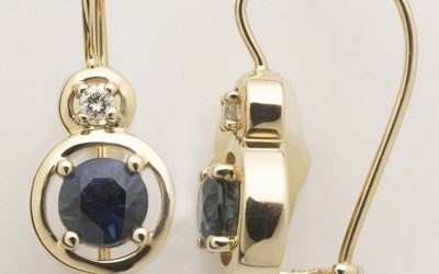115539 : Sapphire & Diamond Earrings