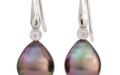 117279 : Tahitian Pearl & Diamond Drop Earrings