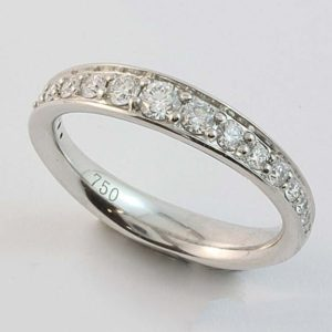 White Gold Diamond RIng, Pavé set diamond wedding ring with graduating size diamonds