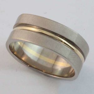 Gents 'Squound' shape ring with yellow gold centre wire and brushed finish white gold