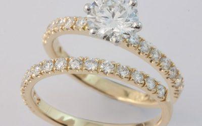 119375 & 119371 : Diamond & Engagement Ring Set
