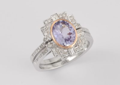 119933 - Tanzanite & Diamond Ring