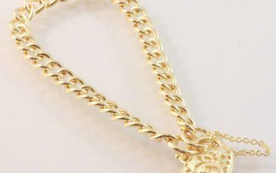 119879 :  Curb Link Padlock Bracelet