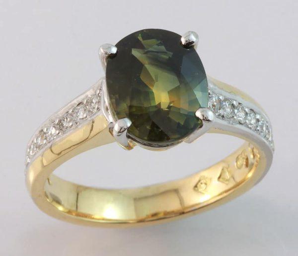 oval sapphire ring, oval sapphire, Parti sapphire, Parti sapphire ring, Australian sapphire ring, hand made ring, hand crafted sapphire ring, Abrecht Bird, Abrecht Bird Jewellers