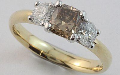 118342 : Australian Argyle Champagne Diamond Engagement Ring
