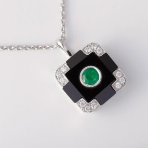 Emerald Pendants / Necklaces