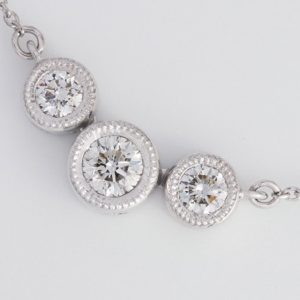 Diamond Pendants / Necklaces