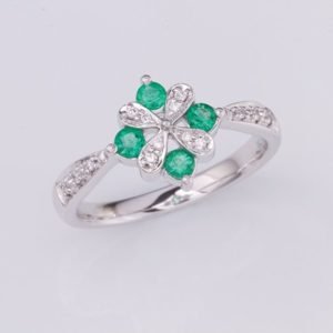 emerald and diamond ring, Abrecht Bird, Abrecht Bird Jewellers, emerald flower ring