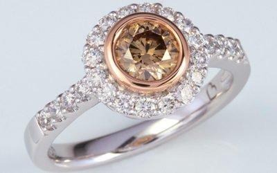 119390 : Cognac & White Diamond Ring