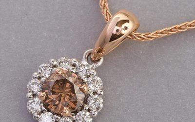 119392 : Cognac & White Diamond Pendant