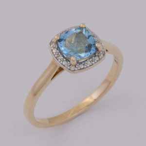 topaz and diamond ring, topaz ring, blue stone ring, Abrecht Bird Jewellers