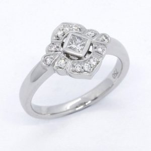 diamond ring, diamond engagement ring, Abrecht Bird Jewellers, multi diamond ring