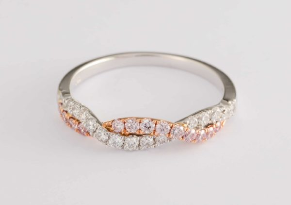 pink diamond ring, twist ring, pink diamond jewellery, Argyle diamonds,
