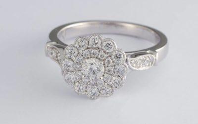 119915 : Double Halo Diamond Engagement Ring