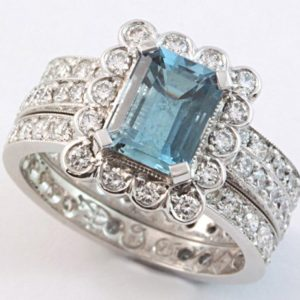 aquamarine engagement ring, aquamarine and diamond ring, Abrecht Bird Jewellers, hand made rings, quality jewellery, aquamarine ring