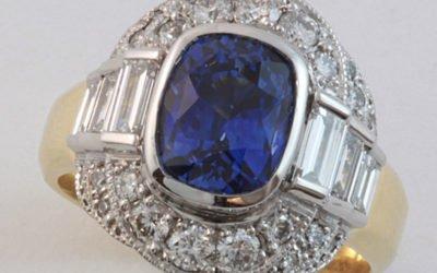 c123 : Sapphire & Diamond Ring