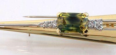 o122 : Parti Sapphire & Diamond Brooch