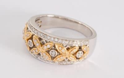 119545 : Two Tone Diamond  Ring