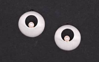 120295 : Pink Diamond Stud Earrings