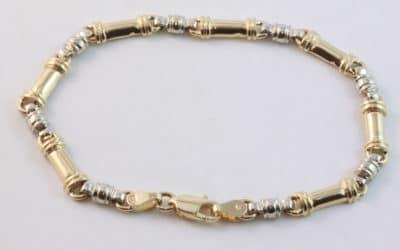 b120197 : Gold Bar Link Bracelet