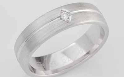 117117 : Gentleman's Diamond Dress Ring