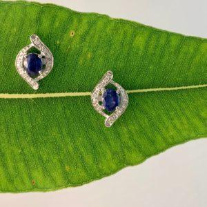 white gold earrings, sapphire earrings, sapphire stud earrings, sapphire and diamond stud earrings, sapphire, diamond,